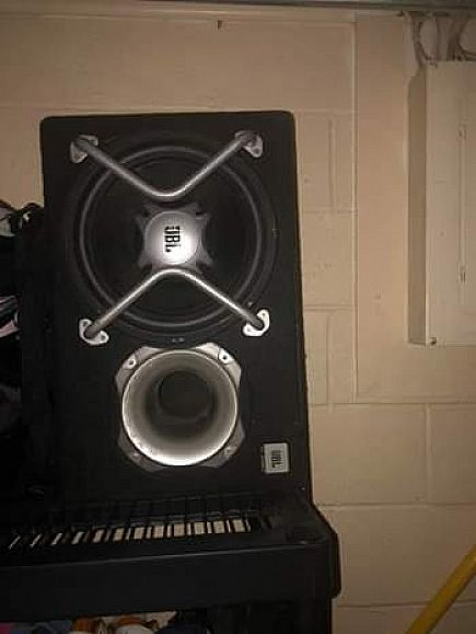 ad just slipstream subwoofer