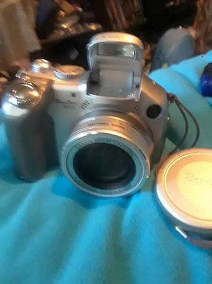 ad like new digital camera