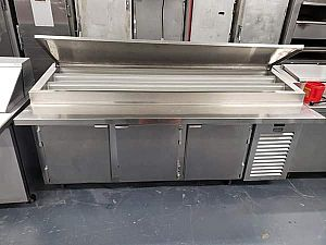 ad kariak pizza prep table refrigerator on casters restaurant equipment's