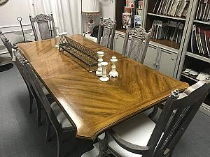 ad dining set