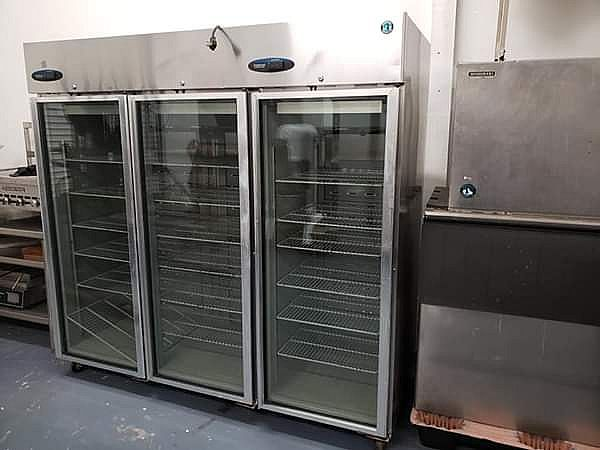 ad hoshizaki refrigerator 3 dor model cr3b-fgycr restaurant equipments food supplies