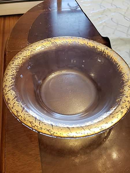 ad gold trimmed glass serving bowl