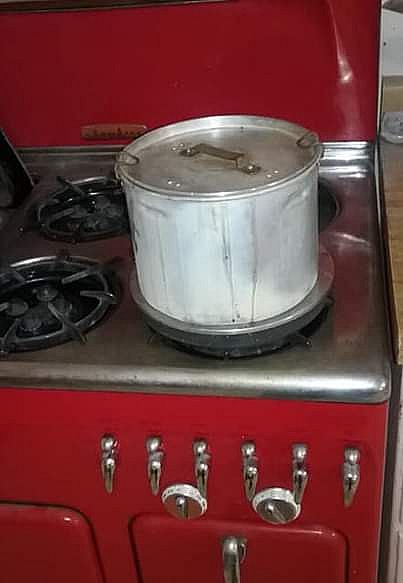 ad freedom red gas chamders stove c90 circa 1955