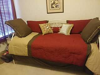 ad day bed